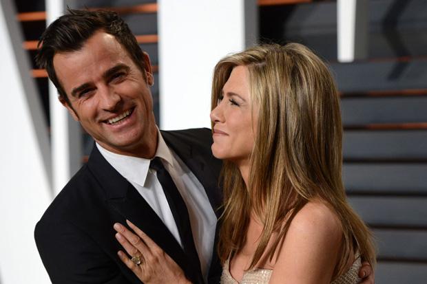 Jennifer and Justin - secret wedding